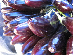 Copy (1) of Smzelispazaraubergines0001.JPG