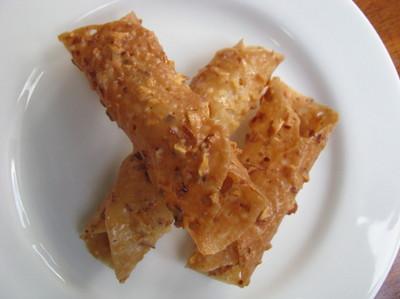 smalmondlacecookies0004.jpg