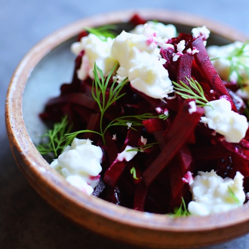 Beetroot salad with horseradish, cranberry & cottage cheese